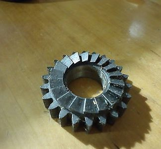 57-2170 KICKSTART PINION EARLY ROCKET 3